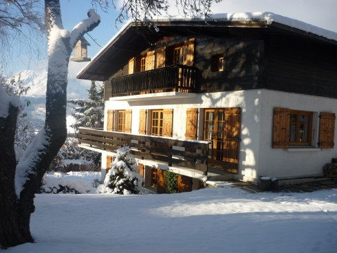 Chalet in Early Snow