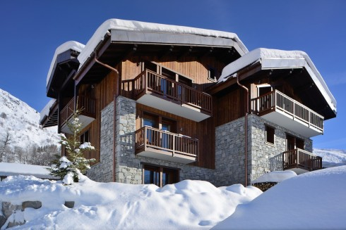 Chamois Lodge - contemporary alpine home